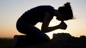 cropped-girl-praying1.jpg