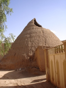 Kashan_granary_Barry_Kent