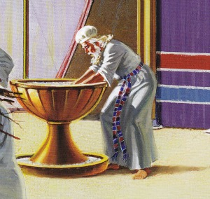 bronze-laver-priest